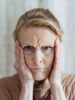 Tips on calming down someone with dementia