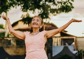 Simple life hacks for seniors