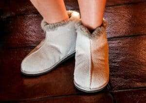 Safe slippers for seniors1